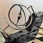 Gros œuvres, bâtiments, mobiliers, horlogerie ou encore objets d'Art… le fer est partout !