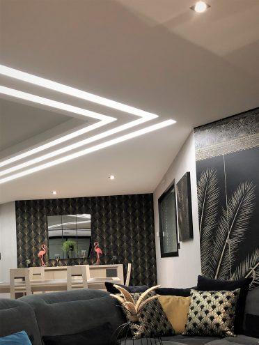 BL180, bandeau lumineux en staff pour plafond en placo