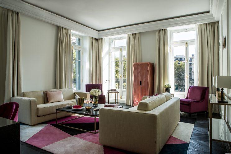 staff decor habille les plafond des hotels de luxe comme fauchon